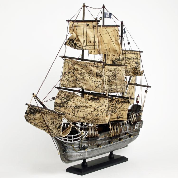 組みあげる楽しさ 見る楽しさ パイレーツ船 スーパーセール PirateShip リアルな 海賊船模型 ドイツ Seaclub マリン マリンテイスト 船模型 海 プラモデル 新登場 ヨーロッパ市場向け製品 西海岸 船 日本ではレア コースタル 海賊船 ビーチ