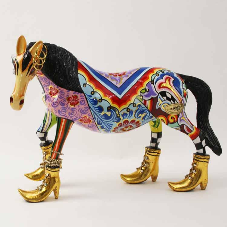 TOMS Drag・馬のオブジェ