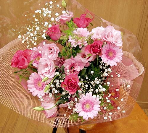 ピンクの濃淡で 贈呈 美しく華やかに ●日本正規品●