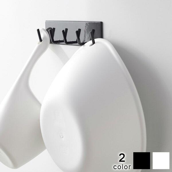 ユニットバスなら 磁石でくっつく 好きな場所に置く快適 トイレバス一体型のマンションにも工事不要で取付け可能 フック 正規逆輸入品 tower タワー 掃除道具置き 壁面収納 お風呂収納 マグネットフック 磁石 マグネットバスルームフック 在庫処分