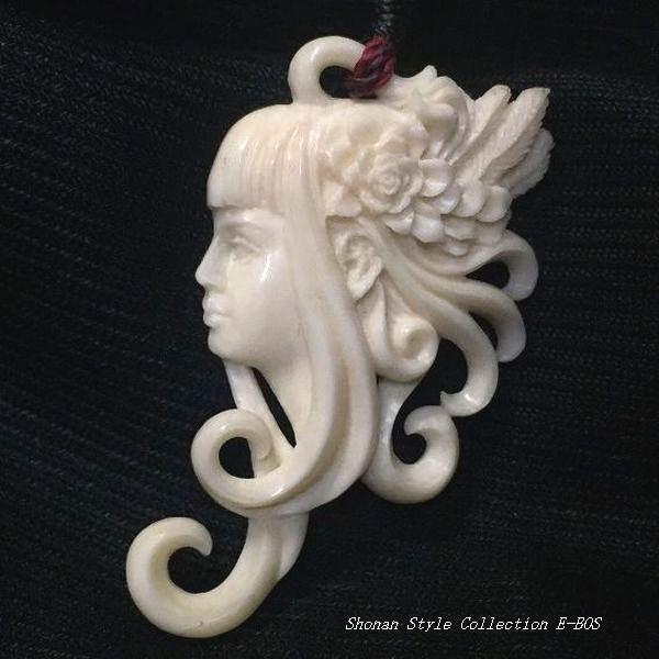 ボーンカービング ネックレス ハワイアンジュエリー Super Artistic Carving 「南国少女花飾り」超アーティスト作品 bon061