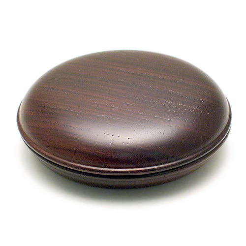 9 4~9 11までポイント5~10倍 携帯にも便利な香合 御香入れ です 香合 お盆用品 新作製品、世界最高品質人気! 6.6cm 仏具 黒檀 送料無料 お彼岸 直径 オープニング 大放出セール 2.2寸