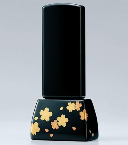 桜の花言葉は 精神の美 優美な女性 《古風な和柄にシンプルなデザイン》 位牌 モダン 位牌4.0寸 桜 蒔絵 高級位牌 黒色 高17.4横8奥4.3 花だより4.0寸 お位牌 2020 高額売筋 送料無料