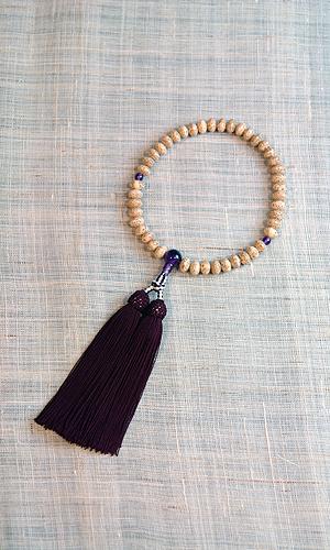 【数珠・天然石・京念珠・京都】 女性向星月菩提樹 紫水晶入 頭房