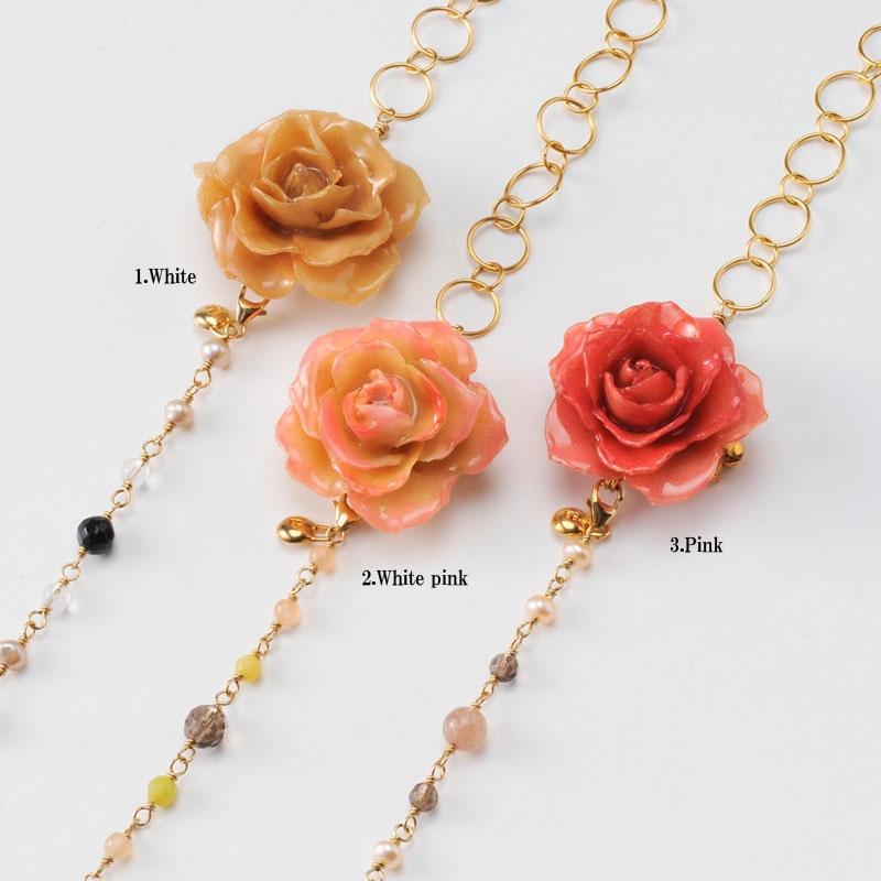 【 価格改定 お買い得商品 】blooming rose middle necklace(group1) 天然石 ロングネックレス 本物の花 バラ