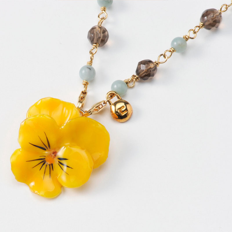 viola short necklace(yellow) 天然石 ネックレス 花 ビオラ