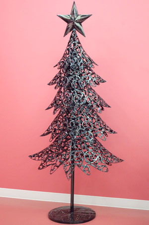 Christmas Articles.A Christmas Tree Made Of Iron Has A Big Impact Just To Put It The Christmas Finished Product Tree Nude Tree Interior Store Household Articles
