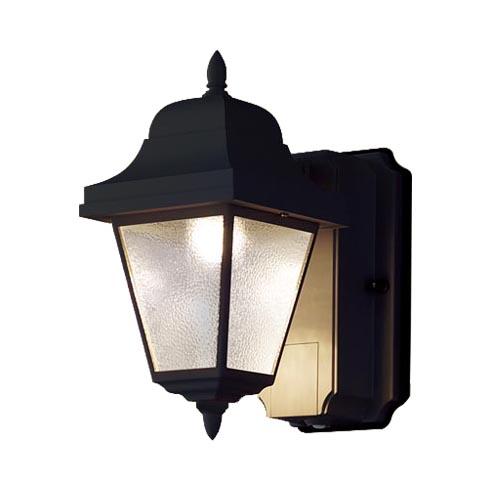 パナソニック壁直付型LED(電球色)ポーチライト60形電球1灯相当・密閉型・拡散タイプ 防雨型・FreePaお出迎え・明るさセンサ付・段調光省エネ型LGWC80230LE1