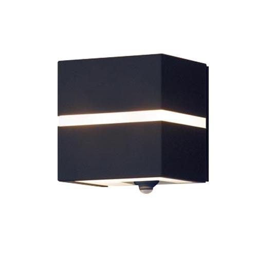 パナソニック壁直付型LED(電球色)ポーチライト40形電球1灯相当・拡散タイプ 防雨型・FreePaお出迎え・明るさセンサ付・点灯省エネ型LGWC80355LE1