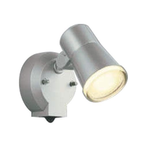 【法人様限定】コイズミ LEDスポットライト 屋外用 白熱球60W相当 人感センサ付 電球色AUE640555