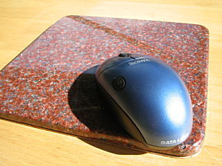 天然花岗岩鼠标垫红色花岗岩。