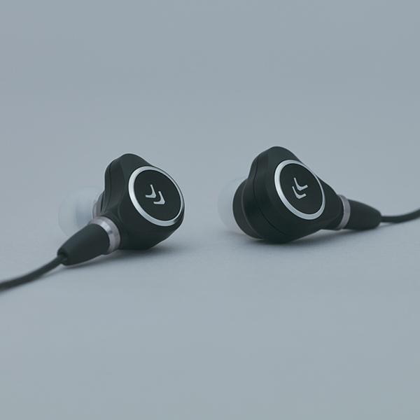 【新製品】 Ar:tio アルティオ CR-M1 高音質 カナル型 イヤホン イヤフォン 【送料無料】【2年保証】