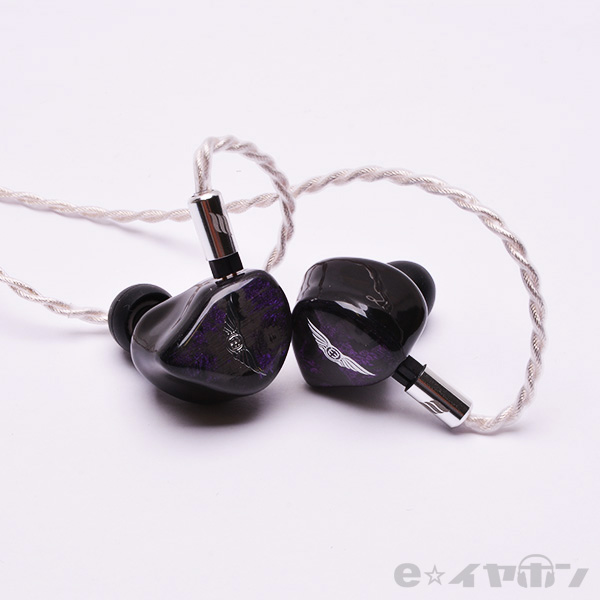 EMPIRE EARS エンパイヤイヤーズ Wraith (Universal fit) 【送料無料】 高音質 カナル型 イヤホン イヤフォン 【1年保証】