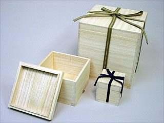 陶芸/桐箱 紐付き 湯呑(大) 10個組(内寸 9.5×9.5×11.5cm)