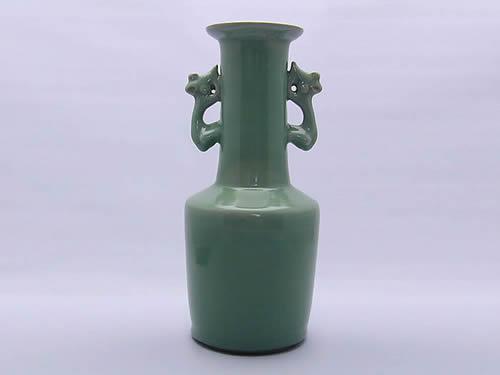 【楽天最安値に挑戦】 加藤 泰一青磁鳳凰耳付花瓶, 青梅市 9680b439