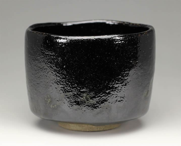 楽入窯製 黒楽茶碗 切立形蛇喝釉【定番】