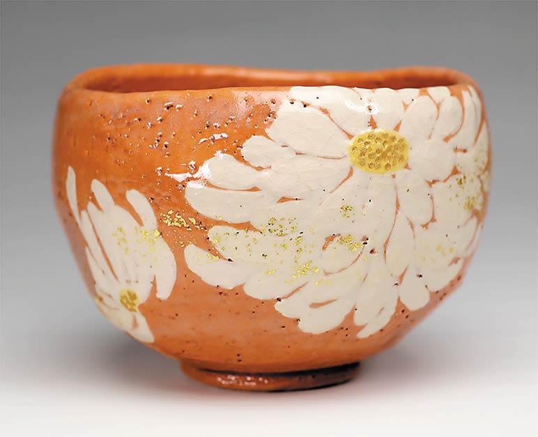 2015年初春作品 楽入印赤土楽 菊置上 茶碗