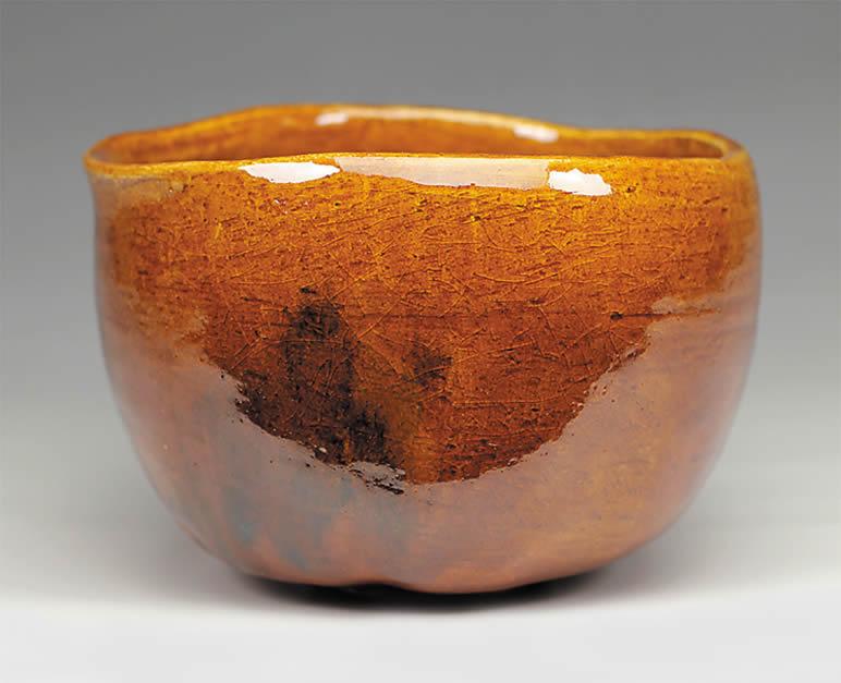2015年初春作品 楽入印「立峯」写 飴釉茶碗