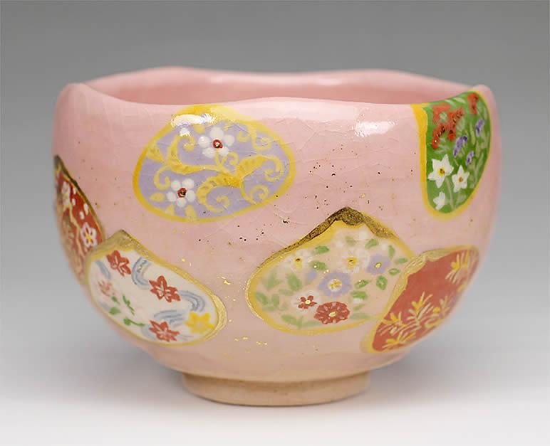 2015年初春作品 楽入印貝合わせ四季草花図 茶碗