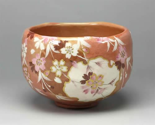 2012年初春作品赤楽 雪輪桜の画茶碗