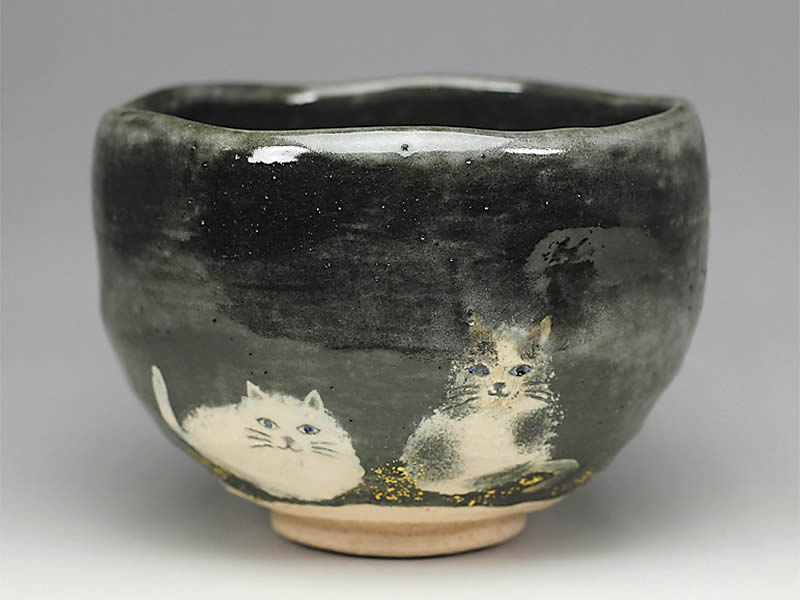 2018年初春作品 黒釉 猫の絵 茶碗