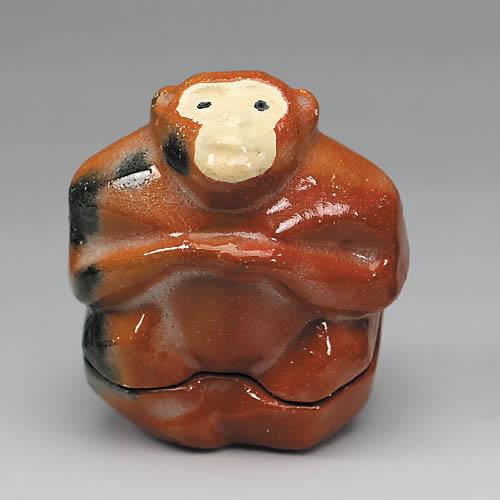 2016年初春作品 赤楽窯変 木彫り風猿香合