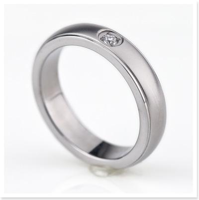 チタン 結婚指輪 マリッジリング ダイヤ 0.03ct プラチナ イオンプレーティング加工 ダイヤモンド入り 刻印無料(文字彫り) 金属アレルギーにも強い アレルギーフリー 安心 ブライダルリング 純チタン ブライダルリング 「令和元年」刻印無料!