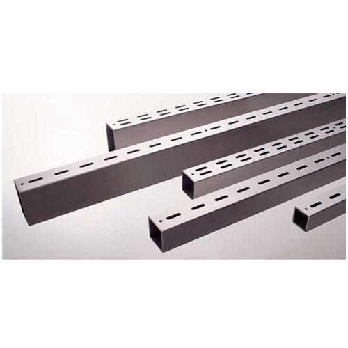 ロイヤル スリット柱 ステンレススクエアースリットB25/25 SUS-W2B-2525 2750mm ステンレス素材(ヘアライン入リ)