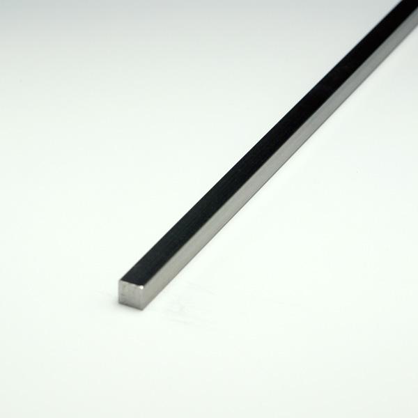 ステンレス角棒 SUS304 25x25x4000mm ヘアライン仕上 【※サービスカット対応商品です】
