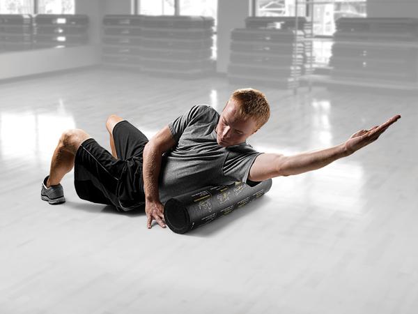 供SKLZ(技能)教导员滚柱APD-TR-SPT-04练习杆伸展使用的杆腹肌健身