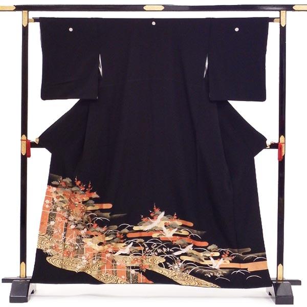正絹 黒留袖【中古】単品販売 貸衣装をリサイクル 黒留袖 ヱ霞に流水と白鶴 五つ紋 丸に剣片喰