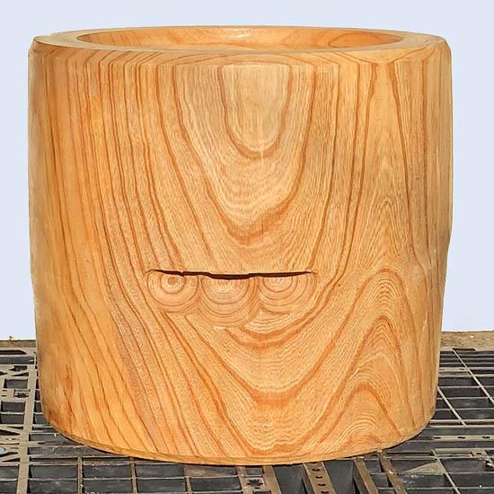 【 臼・うす・ウス・欅臼・餅つき臼・杵臼・超大型臼(2尺)】は木工職人黒澤のハンドメイド5升臼約直径60cm