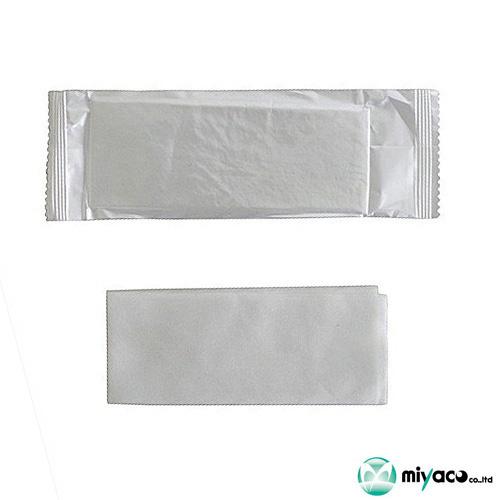 低価格 おしぼり 往復送料無料 人気の使い捨て 業務用 携帯用ウェットティッシュ HFA 100枚 不織布おしぼり 平型