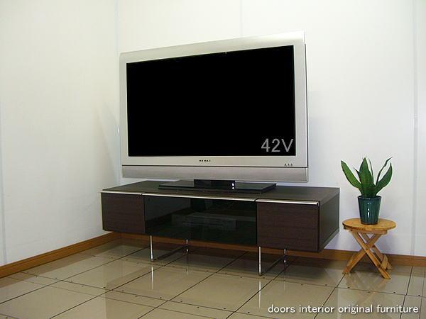 アクオス・ビエラ・WOOにもお勧め!ホームシアター40型42型の大型テレビ 薄型テレビ対応!シックハウス対策で人にも環境にもやさしいエコ仕様(F☆☆☆☆エフフォースター)のスモークガラス貼りテレビ台幅120アルフォード:イーノスタイル
