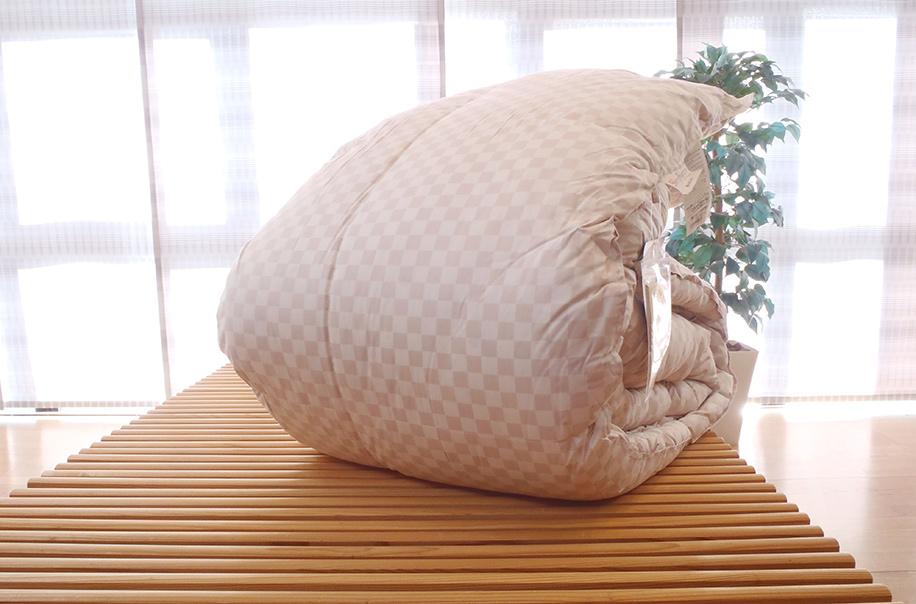 西川 羽毛布団 クィーン 1.7kg 日本製 送料無料 フランス産ダックダウン93%