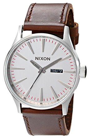 ラッピング無料 即日発送可能 NIXON ニクソン 腕時計 SENTRY 当店一番人気 A105-1113 メンズ セントリーレザー 送料込 SILVER BROWN LEATHER