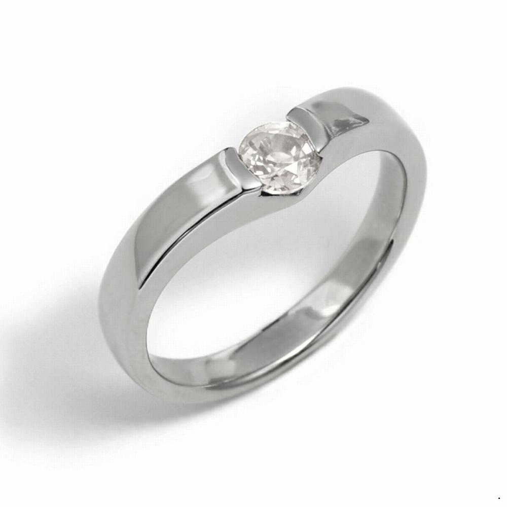 指輪 18金 ホワイトゴールド 天然石 一粒リング 主石の直径約4.4mm ソリティア V字 平打ち レール留め|K18WG 18k 貴金属 ジュエリー レディース メンズ