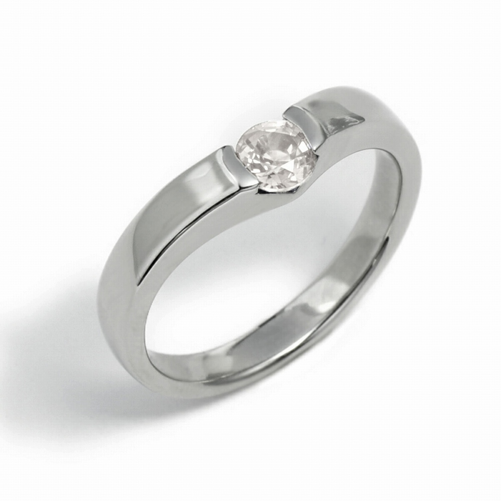 指輪 PT900 プラチナ 天然石 一粒リング 主石の直径約4.4mm ソリティア V字 平打ち レール留め 900pt 貴金属 ジュエリー レディース メンズ