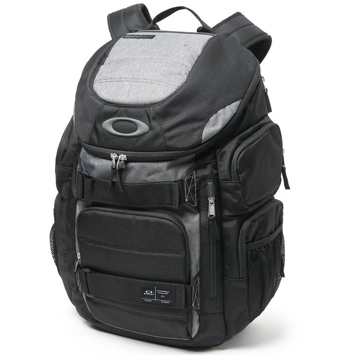 【USモデル】オークリーEnduro 30L 2.0 Backpack バックパック ブラック921012
