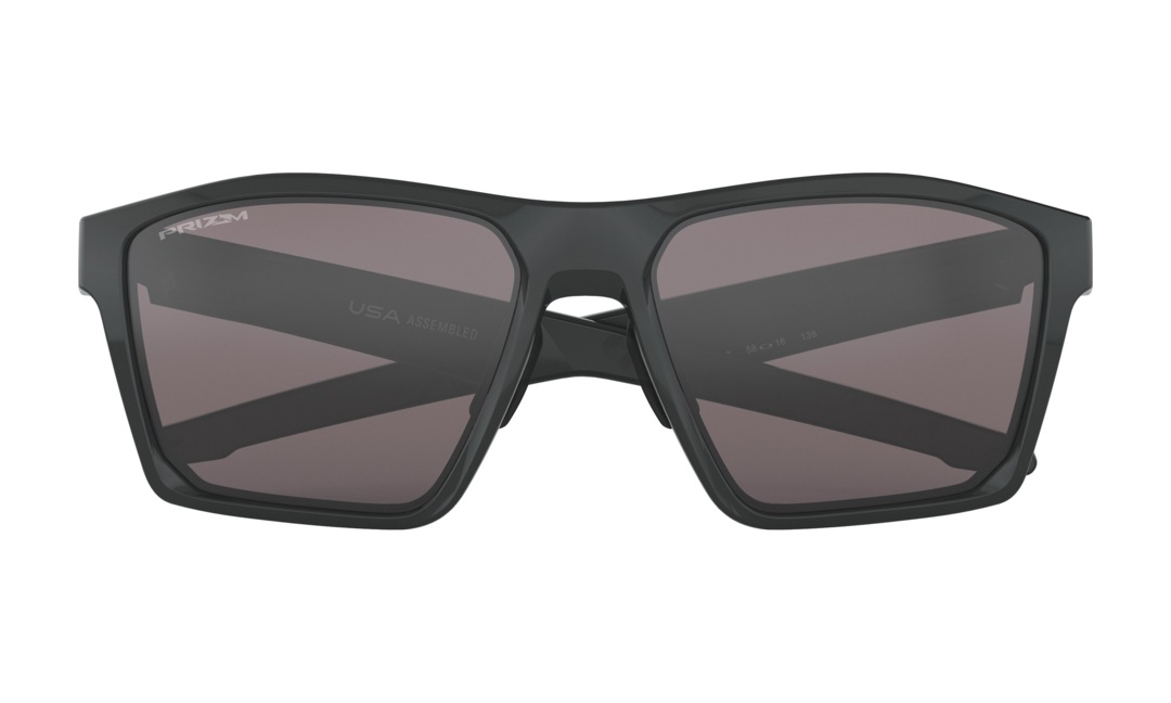 c670d8790de Oakley is one of the most famous eyewear makers and is existence of the  leader of the eyewear industry to boast of high technique and design to.
