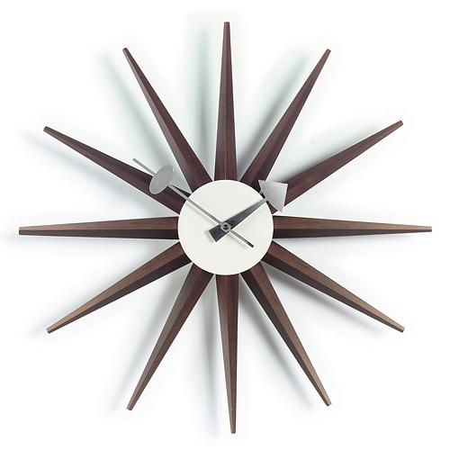 Vitra(ヴィトラ)「Sunburst Clock (サンバースト クロック)」ウォルナット