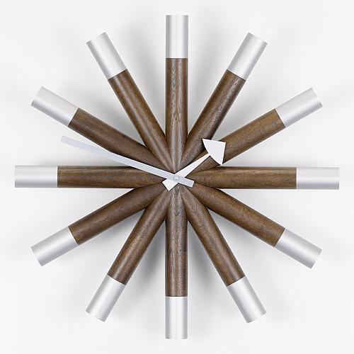 【お買い物マラソンで最大ポイント32倍!8/9(木)1:59まで】Vitra(ヴィトラ)「Wheel Clock (ウィール クロック)」ウォルナット/アルミニウム