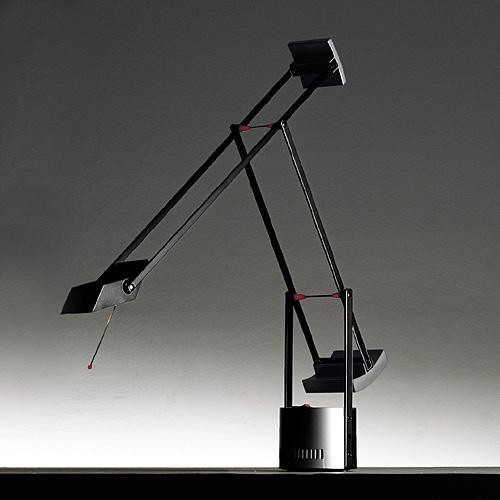 【最大1000円OFFクーポン|マラソン最大33倍 04/16(火) 01:59まで】アルテミデ (Artemide)デスクライト照明ティチオ ミクロ (TIZIO MICRO)20Wタイプ ブラック