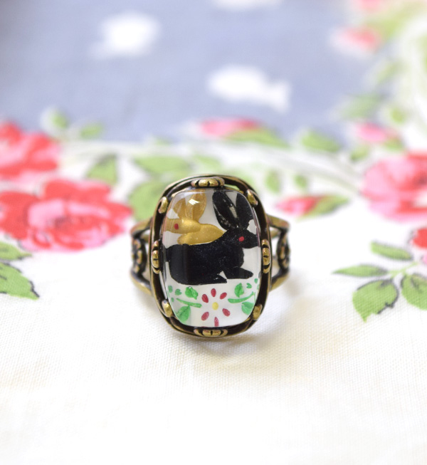 The antique feeling such as the picture with a frame! Fairy tale ring ◆ Livred' images ring of Bambi and the rabbit that ぷっくり solid-like form is cute