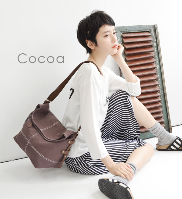 The large canvas bag which adjusts to life of shoulder bag / every day. Take a slant; possible ◎ Lady's bag bag cloth canvas cotton ◆ zootie (zoo tea): Colt shoulder bag
