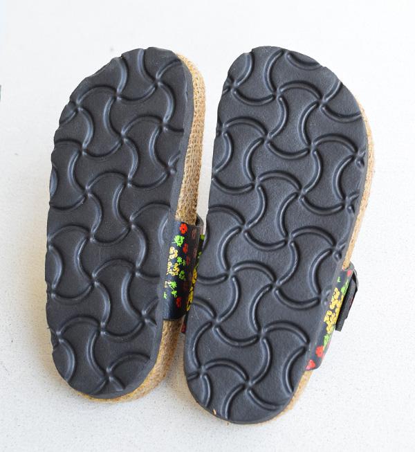 值得推荐的尺寸15cm小花纹的钳子凉鞋。鞋垫是脚下舒适hempu材料!供小孩使用的青少年凉鞋木屐带光脚女人的孩子亚麻小孩鞋印刷钳子凉鞋花花纹◆花印刷黄麻脚床凉鞋[小孩]