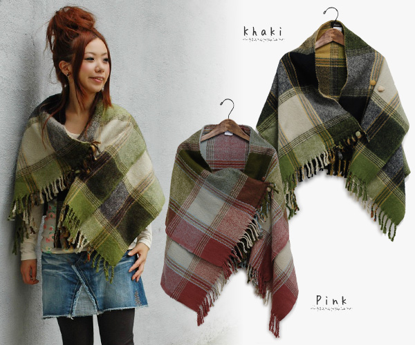 A checked pattern cape stall to wrap up a body softly! Is with a protection against the cold done button for a muffler sense cutely; in poncho style winter of the arrangement freedom outer ◆ cheer (cheer): Terumo's check cape