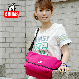 Sturdy sweat material lots can be stowed luggage casual messenger bag! Unisex bags in sliding shoulder diagonally over style worked perfectly for ◆ CHUMS (chums): sweet messin Messenger bag