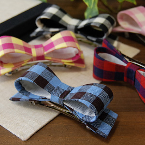 Exquisite color scheme granted maiden balance becomes charm block check Valletta modestly in size also ease-of-use ◎ in adorable Plaid cross 2 color ribbon Barrette head range is fun ♪ ◆ check Ribbon Barrette