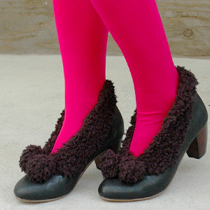 The appearance of the bonbon booties that ふわっふわの moco moco boa is cute with! Wear it, and hair のようなもこもこが of the sheep is comfortable; is booties the pumps ◆ moco moco boa of the 付 booties type bong bong plonk